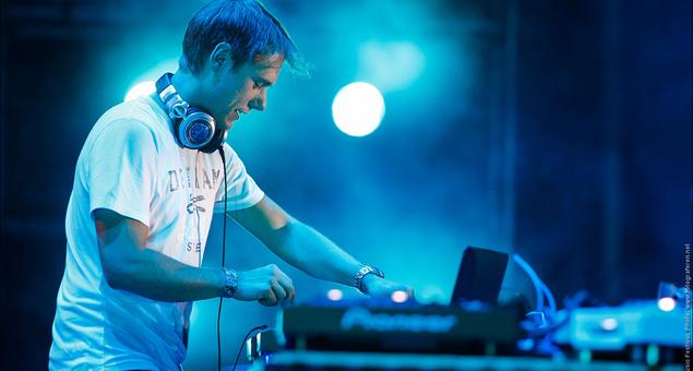 Armin van Buuren - A State of Trance 635
