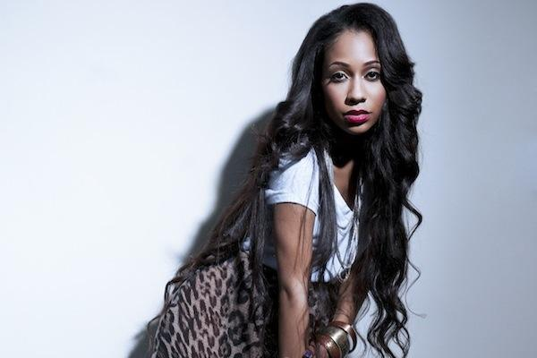 Tiffany Evans - Give Me Wings