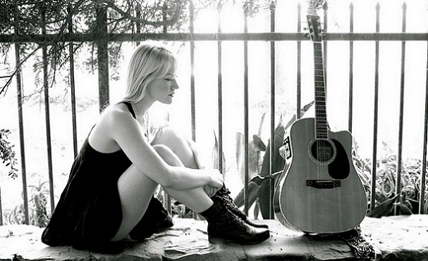 Katie Boeck - Cold Water