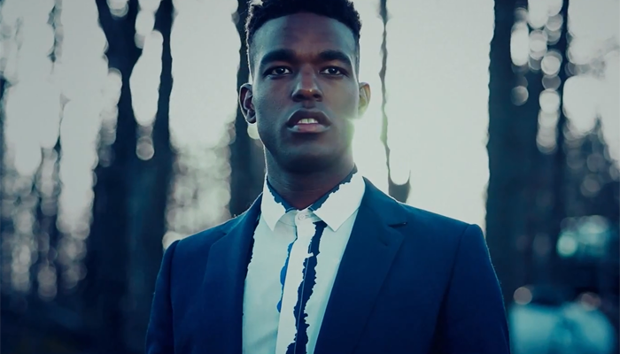 Luke James - Dancing In The Dark