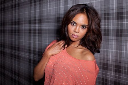 Sharon Leal - Giant