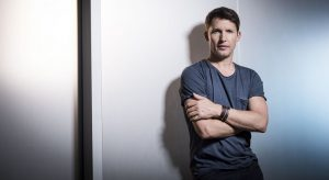 James Blunt: Bartender