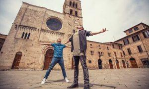 Armin van Buuren feat. Josh Cumbee: Sunny Days